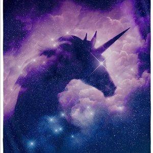 Purple/Pink fleece unicorn blanket, NWOT